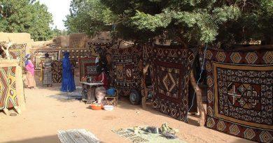 Culture : le pagne traditionnel bogolan, véhicule de véritables messages de cohésion sociale