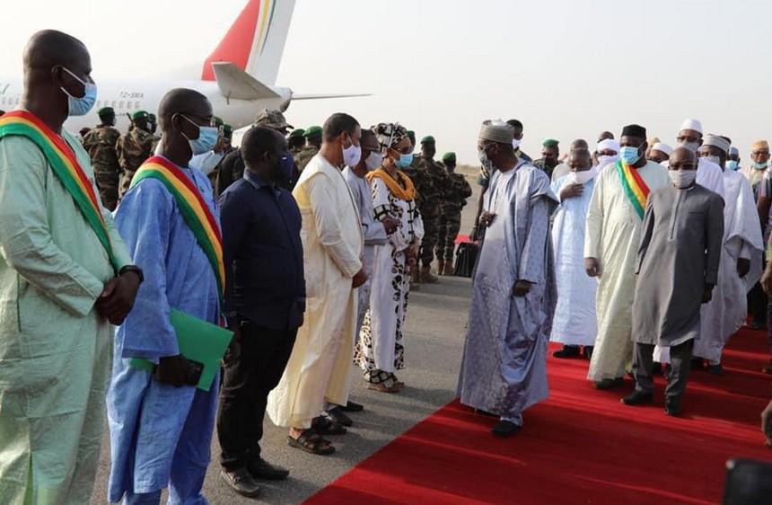 Echanges entre le PM Ouane et les cadres de la région de Kayes : S'enquérir des problèmes de la population kayésienne