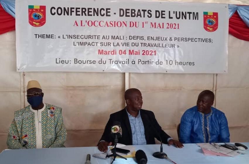 Fête du 1er mai : l'insécurité et la protection des travailleurs au cœur d'une  conférence débat organisée  par l'UNTM